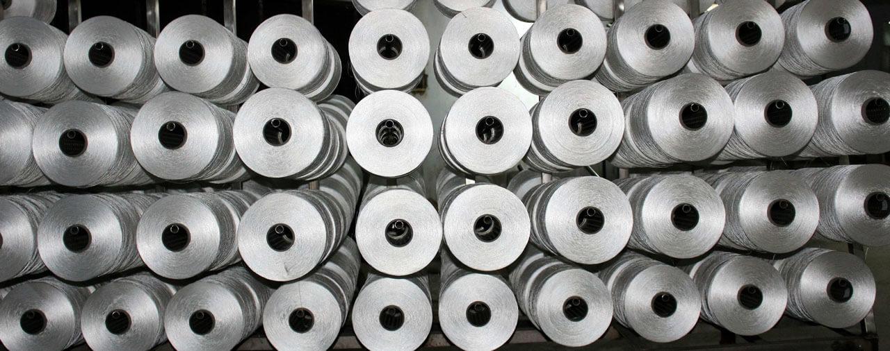 Quality polyester yarn manufacturer in surat supplying carpet yarn